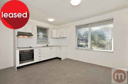 Annandale-St-7-56-Annandale-Living2-Low.jpg