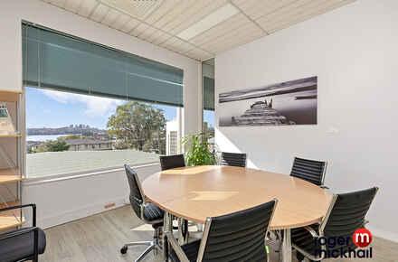 2-Office 1.jpg