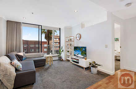 New-South-Head-Road-203-85-Edgecliff-Living-Low.jpg