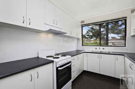Glen-St-3-2-4-Marrickville-Kitchen-Low Res.jpg