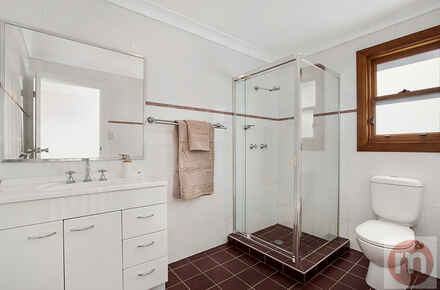 East-St-47-Fivedock-Bathroom-Low.jpg