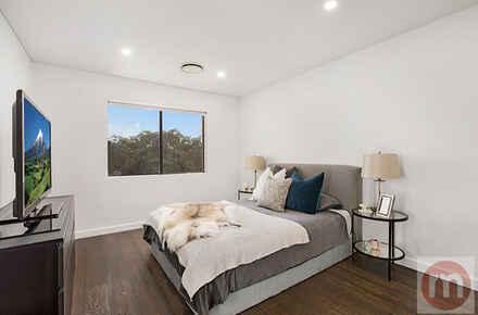 William-St-Suite8-104-Fivedock-Bed-Low.jpg