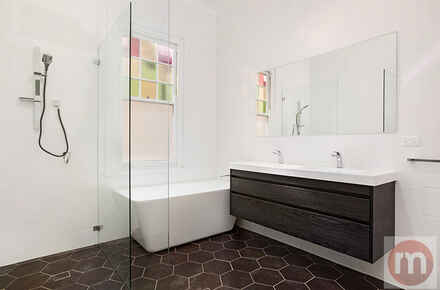 Polding-st-21-Drummoyne-Bathroom-Low.jpg