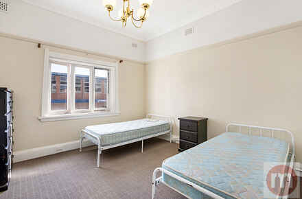 Ramsay-Road-1-84-Fivedock-Bed-Low.jpg